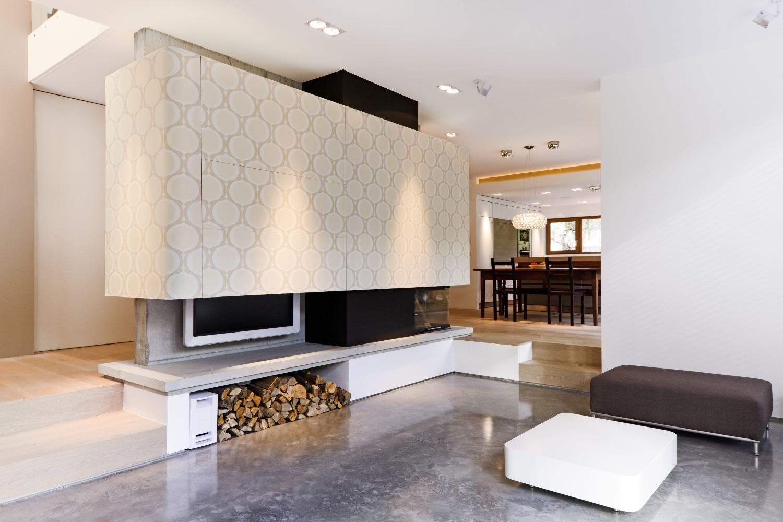 Einfamilienhaus mit carport und pool m13 architekten for Einfamilienhaus innen
